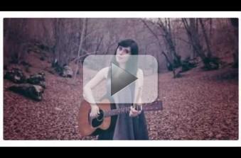 Nella vasca da bagno del tempo (Erica Mou): testo-video | Testi Musica